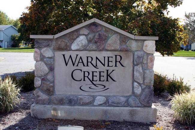 Warner Creek Subdivision, Saline Entrance